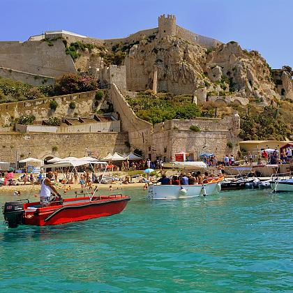 Italy: Wine holidays in Puglia!